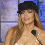 """Jennifer Lopez Is Tired Of Being Called """"A Liar"""" For Saying She Hasn't Had Botox"""
