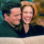 "Julia Roberts Apparently Told Matthew Perry She Would Only Appear On ""Friends"" If He Wrote A ""Paper On Quantum Physics,"" And He Did It"