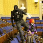 An Alleged Capitol Rioter Photographed With Zip Tie Handcuffs Will Stay In Jail