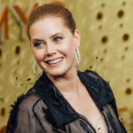 """Amy Adams Joked That She Embarrasses Her Daughter Every Time She Performs The Applebee's """"Fancy Like"""" Dance"""